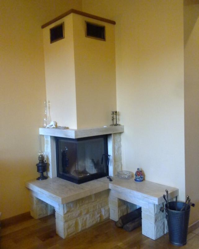 kominek tradycyjny t21  klasyczny kominek rustykalny obudowa kominkowa